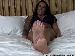 Dazzling feet in your face!