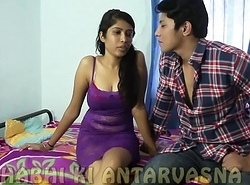 Glum desi inexpert has will not hear of pussy eaten out. Awesome navel and kissing too...