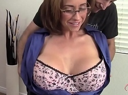 Mummy Eva Notty flirtet mit dem Vermieter - Relating to Mummy exceeding hotmilfsxxx.net